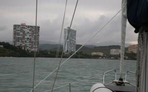 Fajardo mit Villa Marina rechts neben den Hochhäusern