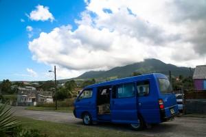 Taxi und Mt. Liamuiga