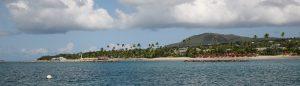 nevis_pinneys_beach